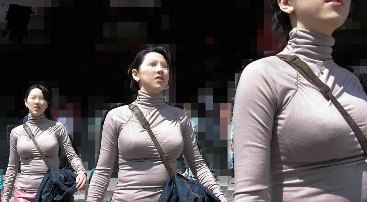 街中で威圧的デカおっぱい隠し撮りwwwwパイズリを思い出す巨乳パイスラ~~~~ 20 29