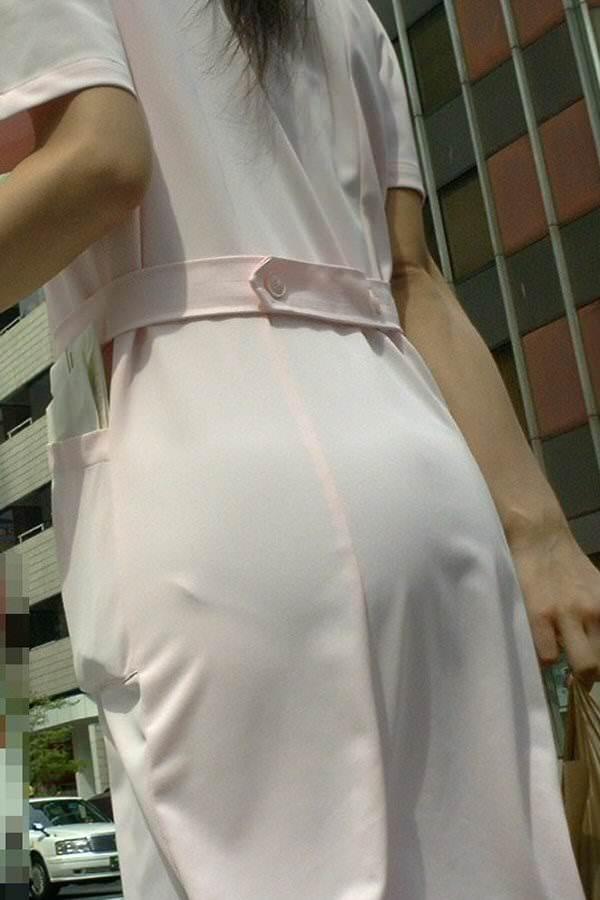 スケベな病人がナースのスカートの中身をガチ盗撮したパンチラ素人エロ画像 2112