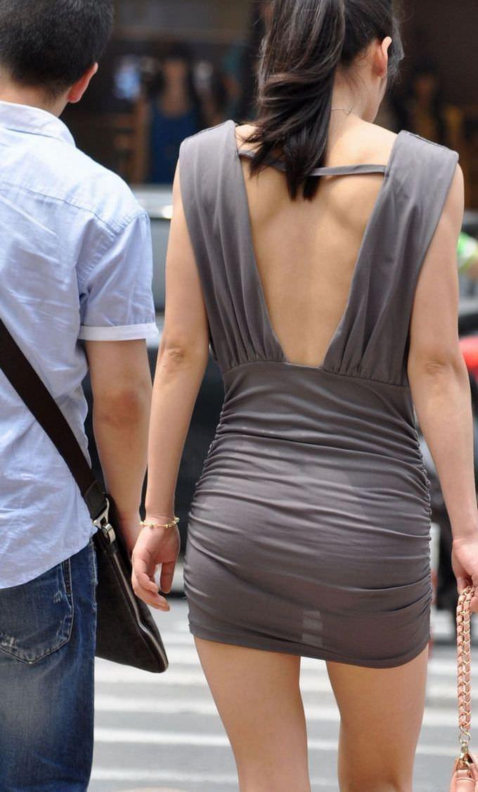 色物柄物でもパンティーが透けてる素人娘は沢山いるwww街取り盗撮www 2205