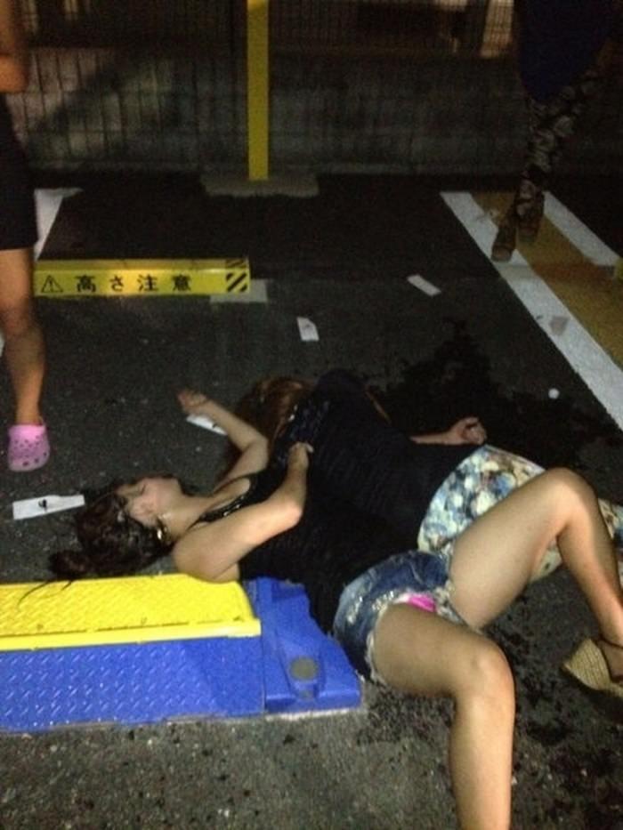 ヤリサーで飲み会からのセックスに持ち込まれるエロカワ女子大生たちが半端ないwwwww 23121