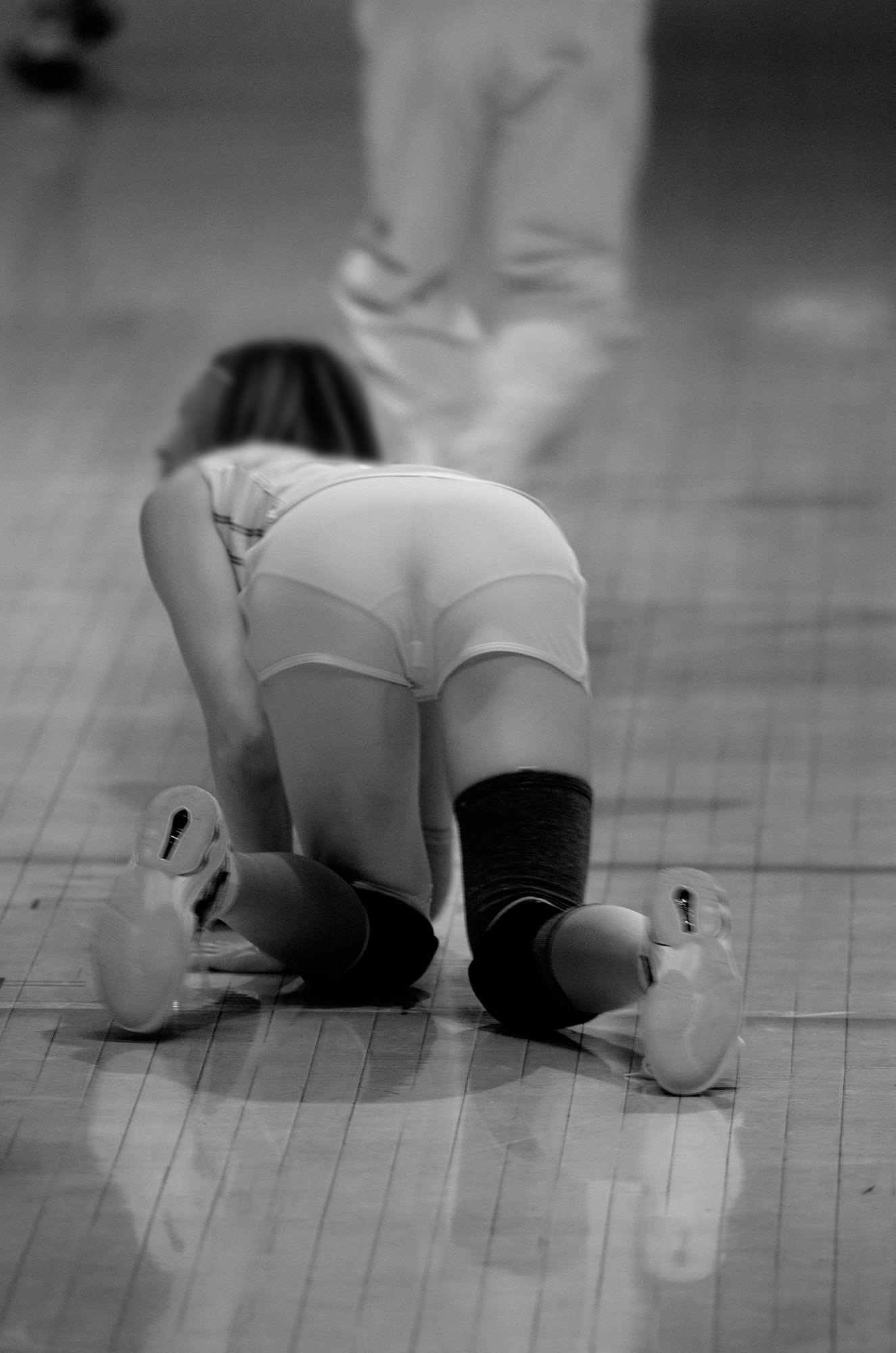 赤外線カメラ半端ない!!女子バレー選手のパンツとブラが透けまくってるスポーツ系エロ画像 3019