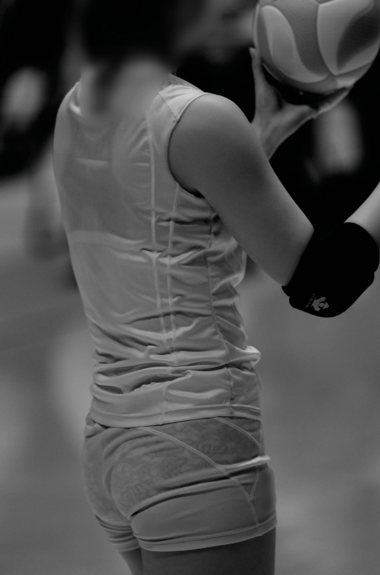 赤外線カメラ半端ない!!女子バレー選手のパンツとブラが透けまくってるスポーツ系エロ画像 3126