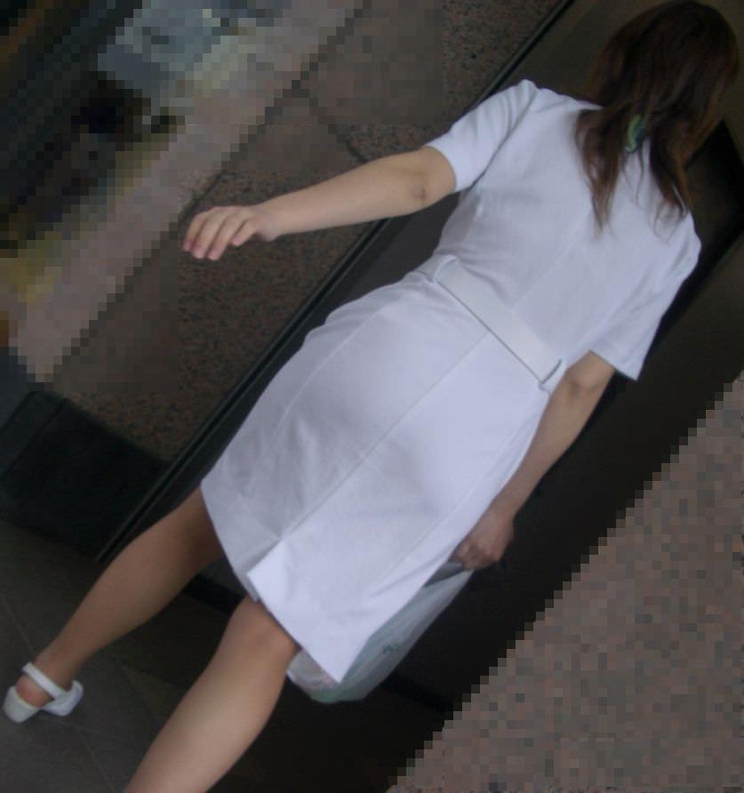 【ナース隠し撮り】いい匂いがする看護婦さんの透けパンツを街撮り激写wwwww 0601