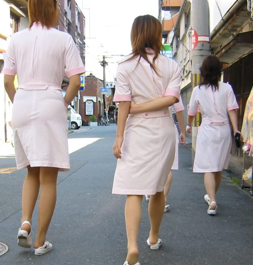 【ナース隠し撮り】いい匂いがする看護婦さんの透けパンツを街撮り激写wwwww 0609
