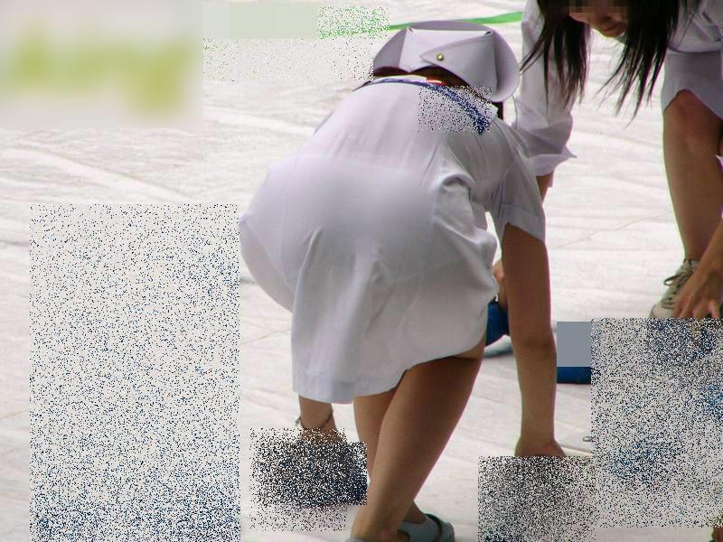 【ナース隠し撮り】いい匂いがする看護婦さんの透けパンツを街撮り激写wwwww 0613