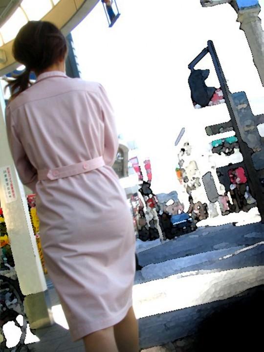 【ナース隠し撮り】いい匂いがする看護婦さんの透けパンツを街撮り激写wwwww 0619