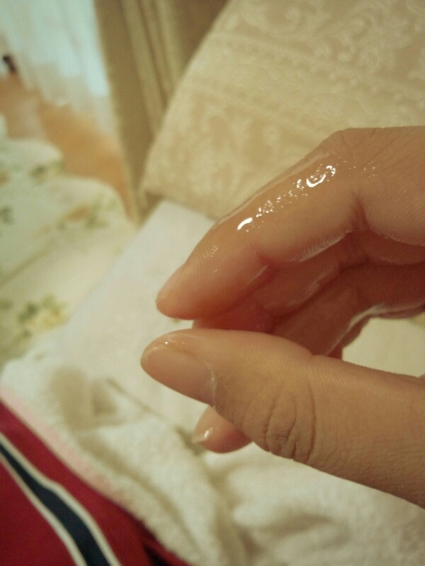 【女神投稿】可愛い素人娘が粘ついたマン汁指に付けて自撮りで晒すwwwwwwwww 0641
