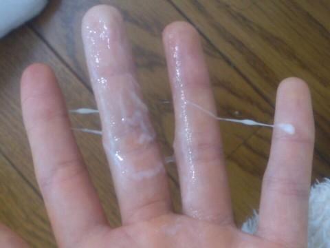 【女神投稿】可愛い素人娘が粘ついたマン汁指に付けて自撮りで晒すwwwwwwwww 0642