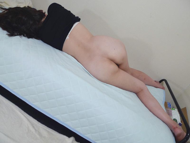 【素人画像】上半身だけ服来て寝てる彼女の生尻を勝手に撮影→ネット流出wwwwwwwwww 1180