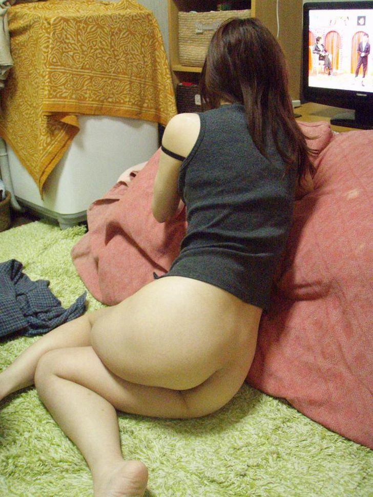 【素人画像】上半身だけ服来て寝てる彼女の生尻を勝手に撮影→ネット流出wwwwwwwwww 1184