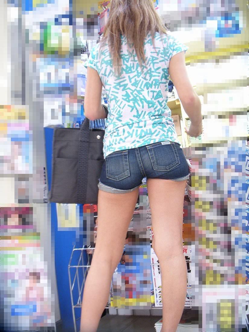 【素人流出】カジュアルにTシャツ来てるギャルが好きなやつwwwwwwwwwww 2008
