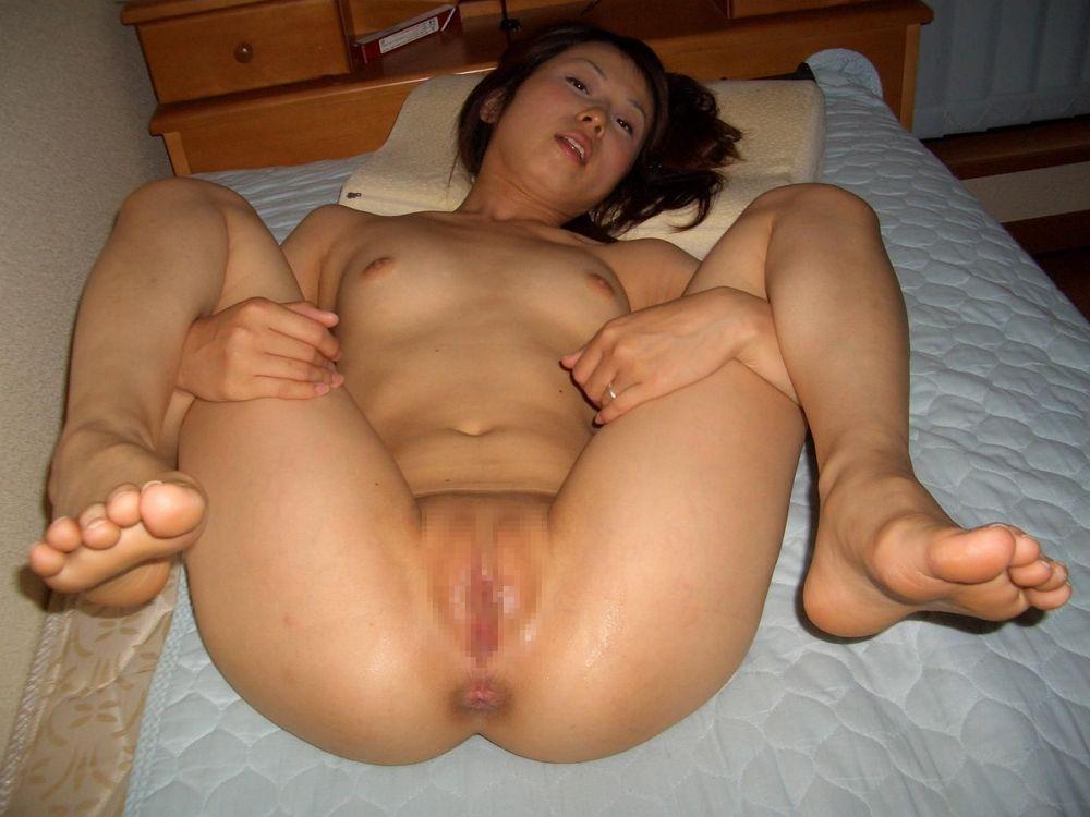 【素人投稿】挿入寸前のオチンポ受け入れM字開脚の体制に入っている彼女とか奥さんの熟成まんこwwwwwwwww 2202