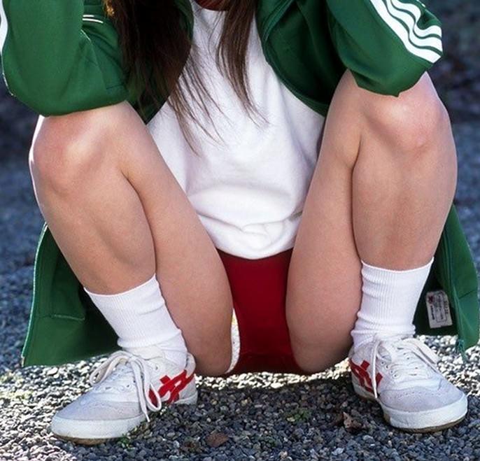【素人投稿】恥ずかしがる彼女のブルマ姿を撮影したエロ写メを彼氏がうpネット流出wwwwwwww 2509