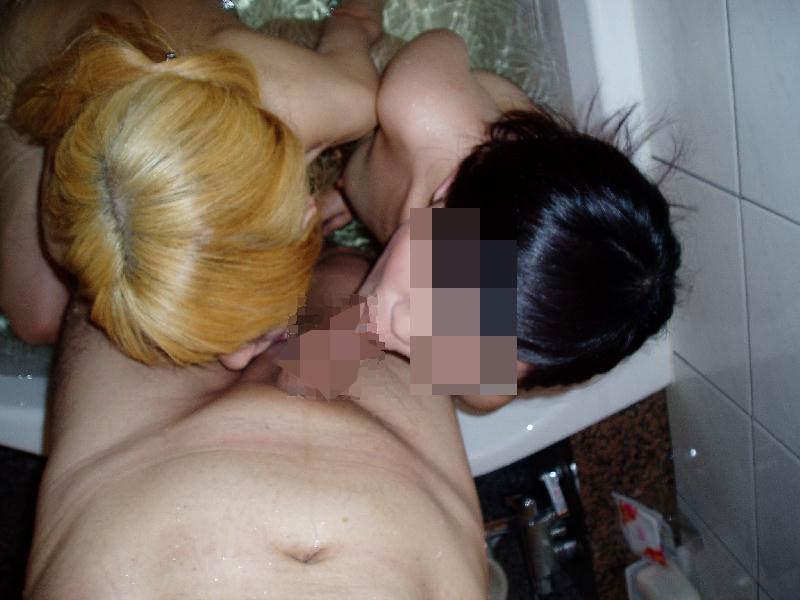 【素人流出】女2人に挟まれて柔らかいお肉を堪能する3Pがエロすぎて裏山しすぎwwwwwww 2764