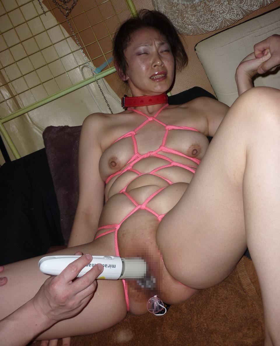【熟女緊縛】縛るロープに肉が食い込むメス豚チャーシューをご覧ください。 0103