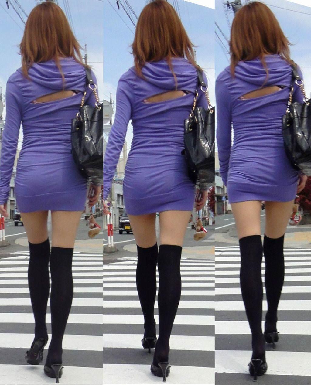 【盗撮23枚】パンティー透けてるのに気付いてない薄着女子を街撮りゲットwwwww 0129