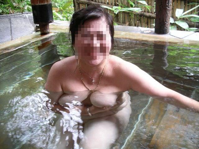 【不倫旅行】変態の彼氏が露天風呂で彼女の全裸撮影→無許可でネット投稿wwwwwww 0741