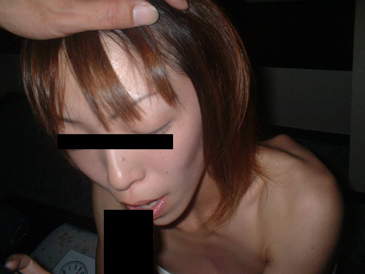 【人妻素人】子供を寝かしつけてから奥さんとエッチしたったwwwガチ生フェラ画像www 1306