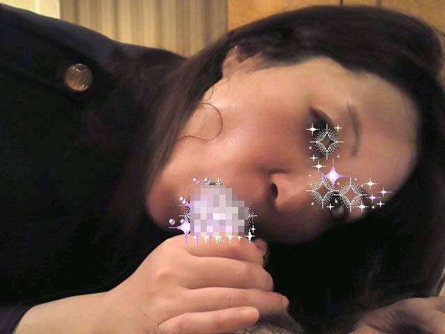 【人妻素人】子供を寝かしつけてから奥さんとエッチしたったwwwガチ生フェラ画像www 1318