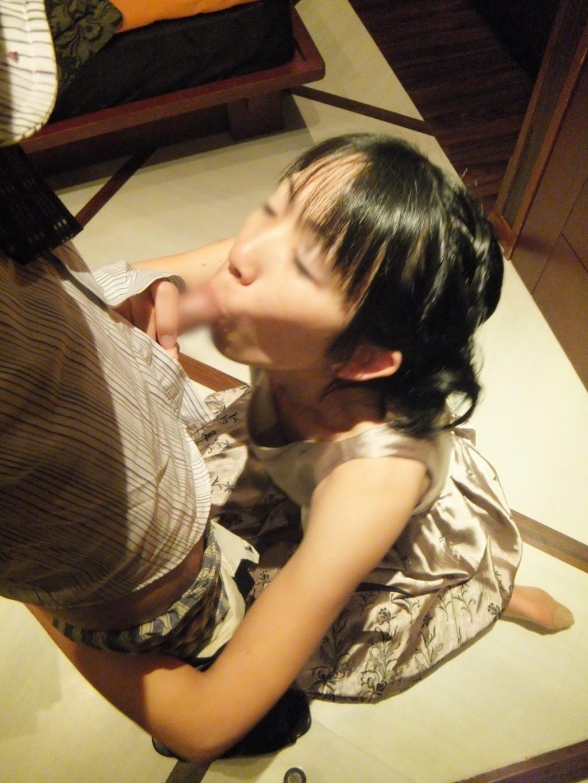 【人妻素人】子供を寝かしつけてから奥さんとエッチしたったwwwガチ生フェラ画像www 1319