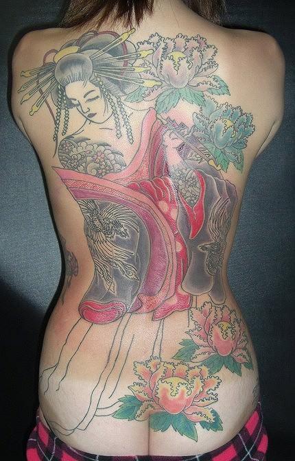 和彫りの刺青が入った素人女子の裸体がイカツ過ぎるけどビビりながら抜くのが快感wwwww 2840