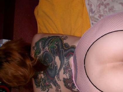 和彫りの刺青が入った素人女子の裸体がイカツ過ぎるけどビビりながら抜くのが快感wwwww 2842