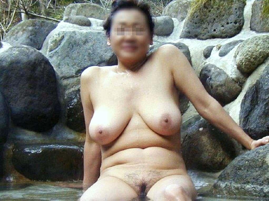学生の頃付き合ってた人妻と不倫旅行で温泉行った時の素人エロ画像晒すwwww 2804