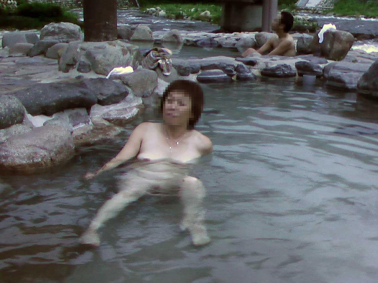 学生の頃付き合ってた人妻と不倫旅行で温泉行った時の素人エロ画像晒すwwww 2812