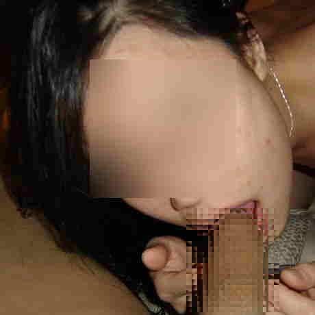 チンコ咥えるのが上手すぎww熟練したフェラテクを披露する人妻熟女www 0646
