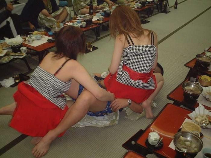 宴会でピンクコンパニオンと乱痴気騒ぎの乱交パーティーwwww 1407