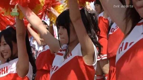 甲子園で応援するチアガールの脇とか太もものエロ画像wwwww 1225