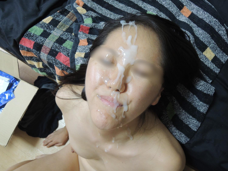 彼女の顔に精子ぶっかけると最高に気持ちwww顔射してるカップルって結構多いよなぁwww 0749