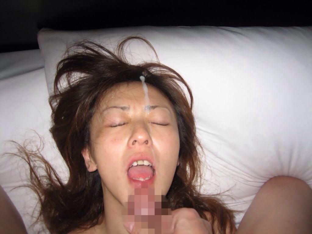 彼女の顔に精子ぶっかけると最高に気持ちwww顔射してるカップルって結構多いよなぁwww 0754