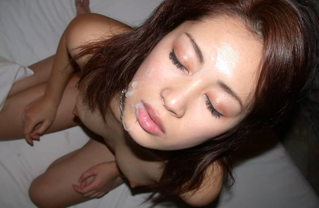彼女の顔に精子ぶっかけると最高に気持ちwww顔射してるカップルって結構多いよなぁwww 0756