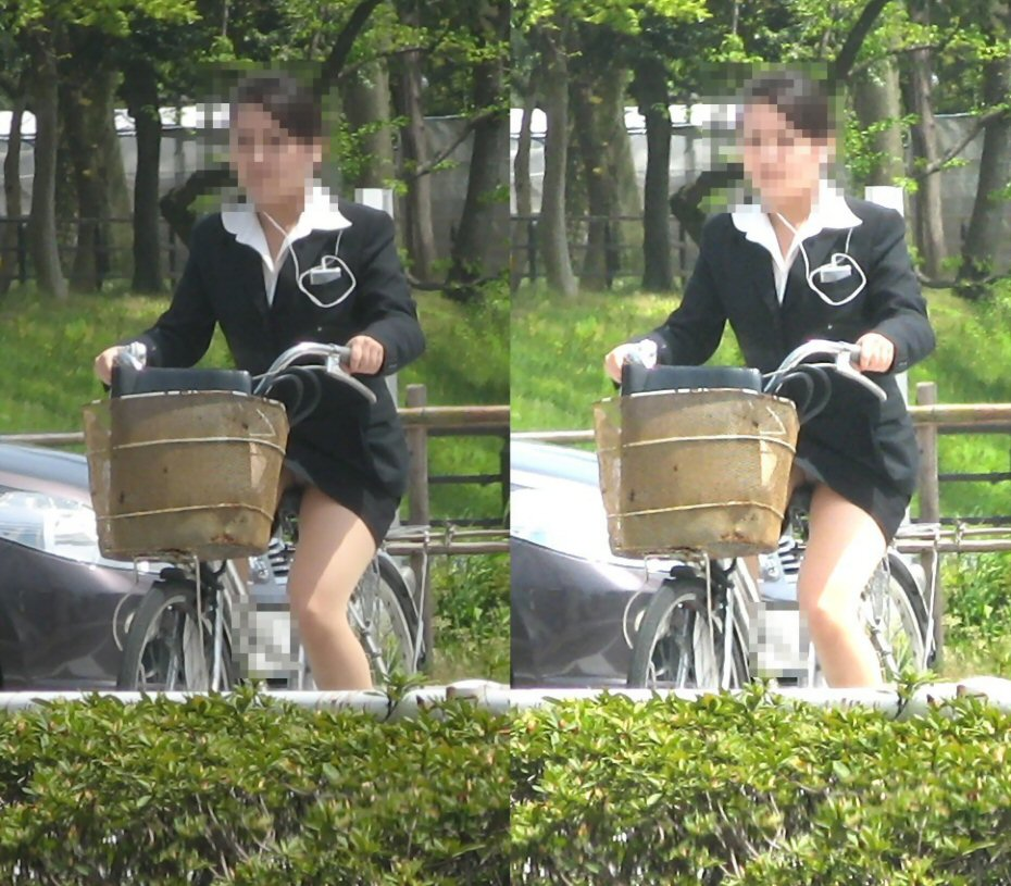 女の子は自転車乗ってるだけでエロいwwwオナニー捗るオカズ画像www 1215