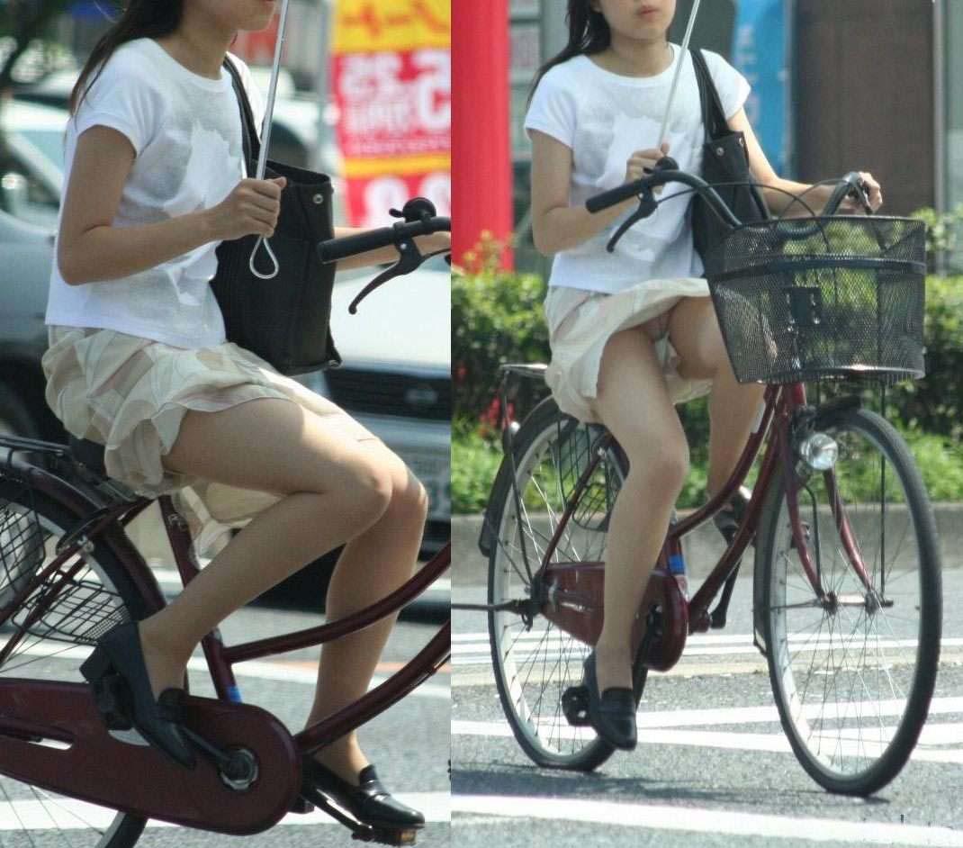 女の子は自転車乗ってるだけでエロいwwwオナニー捗るオカズ画像www 1235
