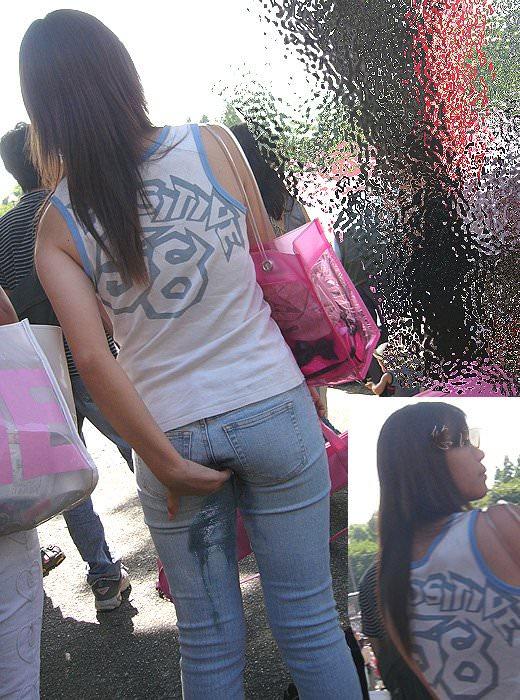 おしっこ我慢できなくてお漏らししてる素人女性の街撮りとか野ションしてる変態画像www 2524