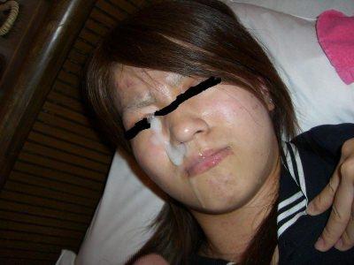 女子力高い素人のぶっさいくな面にクッサイ精子をぶっかけた顔射エロ画像www 3120