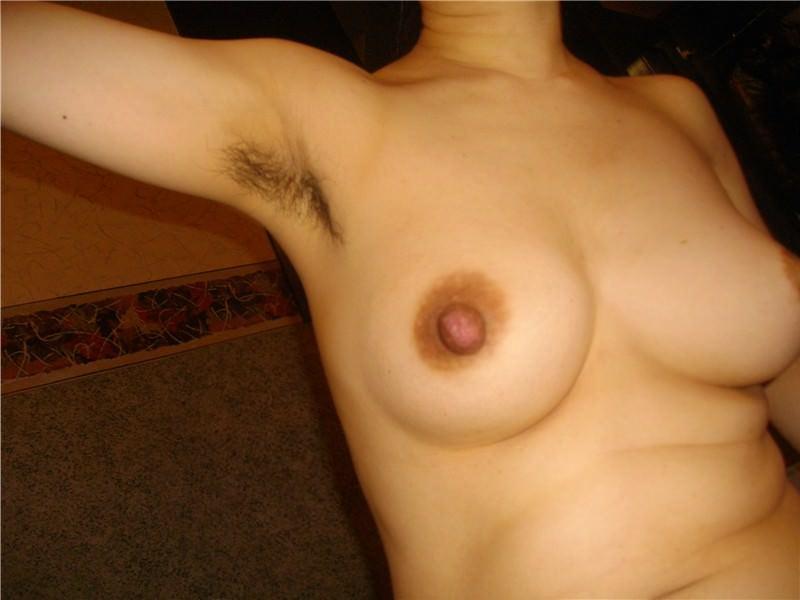 彼女のワキ毛に超興奮したから舐め回して写メって投稿www 0330