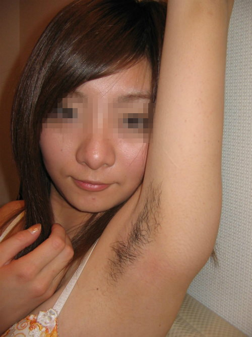彼女のワキ毛に超興奮したから舐め回して写メって投稿www 0340
