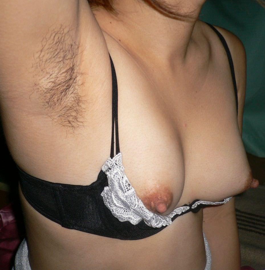 彼女のワキ毛に超興奮したから舐め回して写メって投稿www 0343