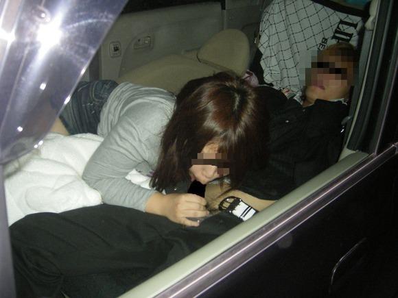 LINEで知り合った巨乳JDとドライブデート → 夜は車でフェラチオ強要!! 2733