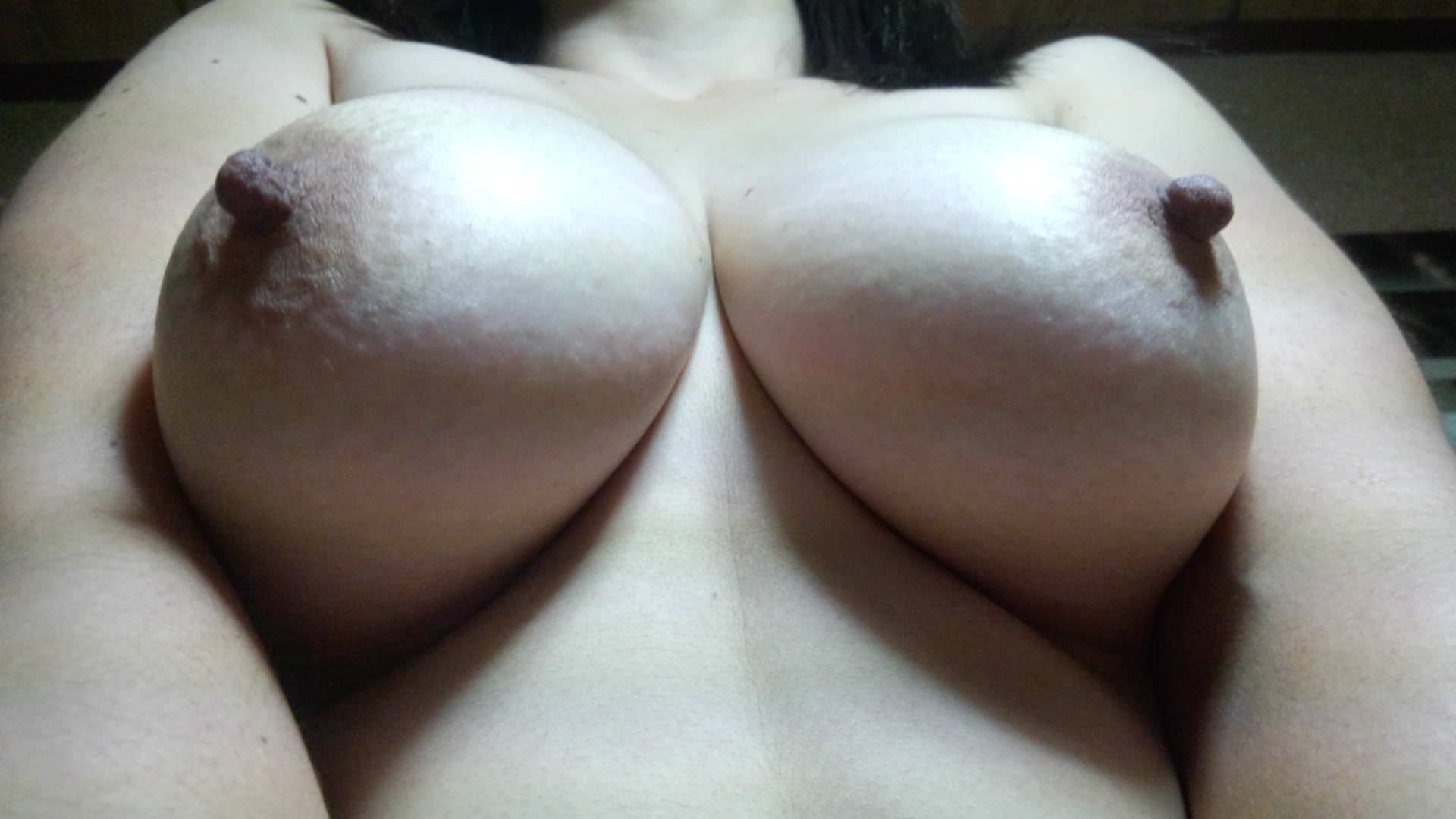 巨乳おっぱい熟女の豊満な身体ほんとすこwww 0815