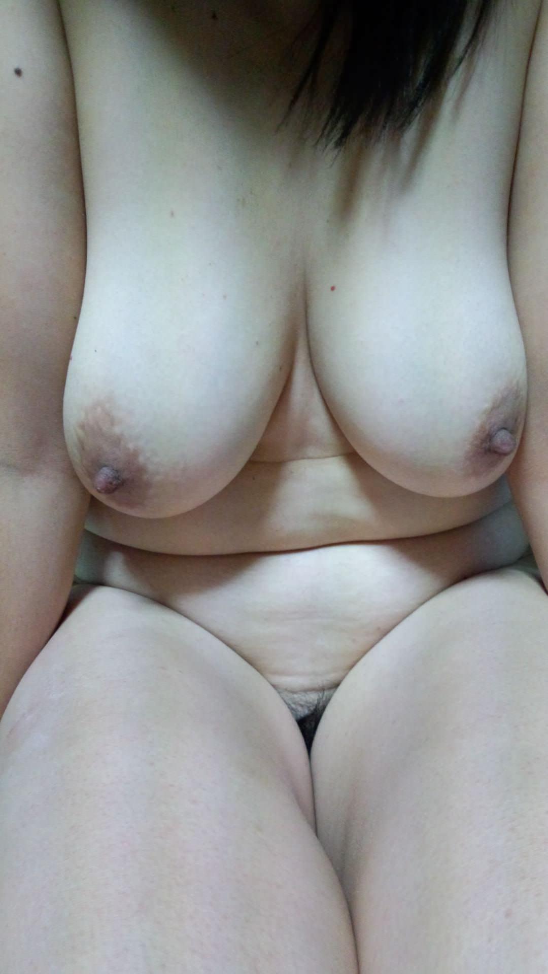 巨乳おっぱい熟女の豊満な身体ほんとすこwww 0820
