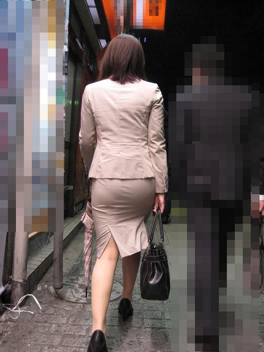 街撮りしたスーツ姿のOLのお尻ありがたすぎwww 0830