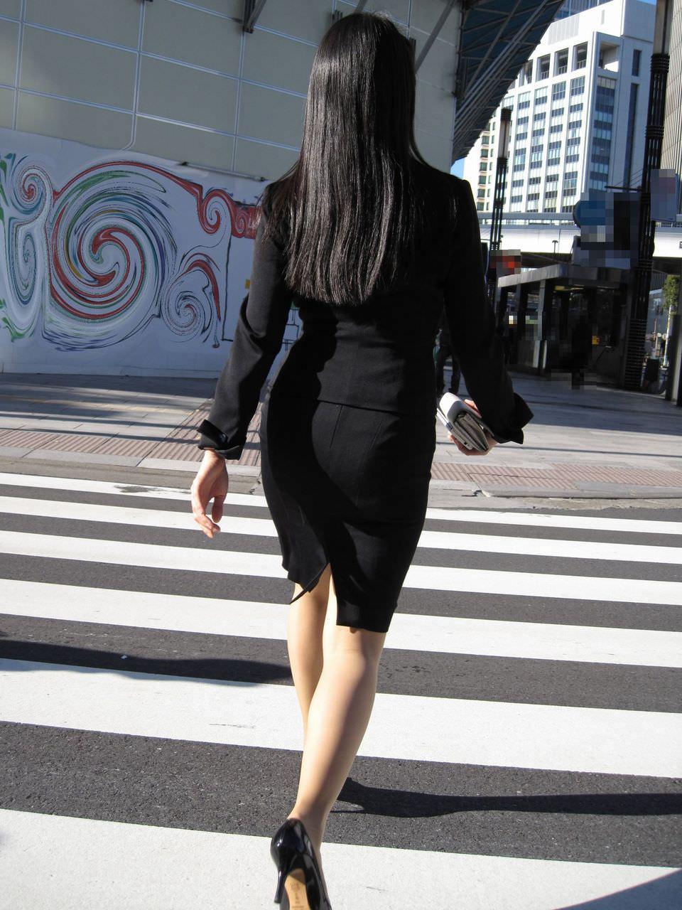 街撮りしたスーツ姿のOLのお尻ありがたすぎwww 0833