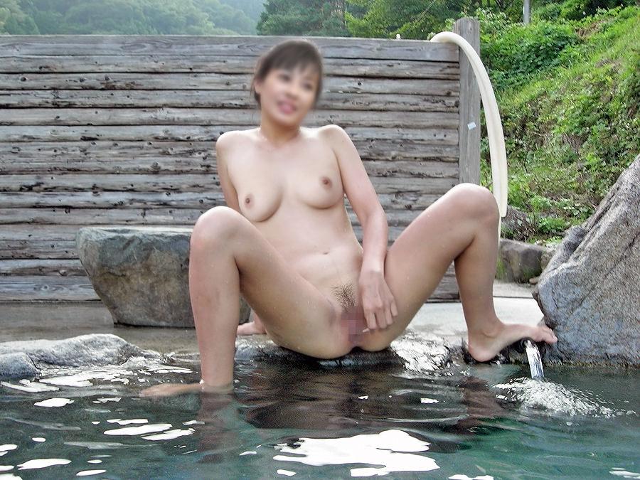 平日の貸切状態の温泉で変態夫婦が奥さんとエッチな撮影www 1501