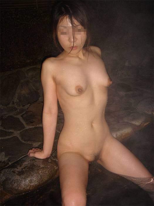 平日の貸切状態の温泉で変態夫婦が奥さんとエッチな撮影www 1507