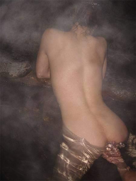 平日の貸切状態の温泉で変態夫婦が奥さんとエッチな撮影www 1508