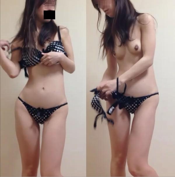 女子更衣室に隠しカメラ設置 → 生々しい女子のお着替え盗撮www 15346